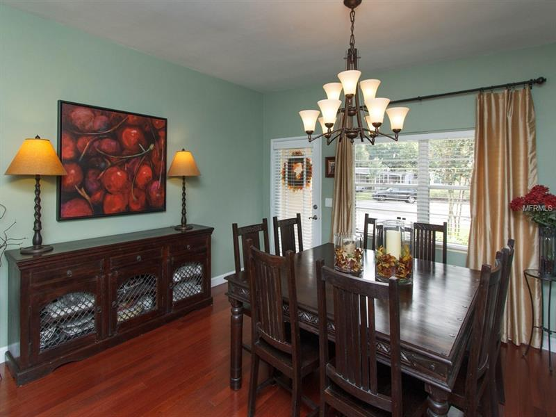 Property listing photo for 2522 CHANTILLY AVENUE
