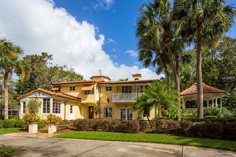 Property listing photo for 305 NW IVANHOE BOULEVARD