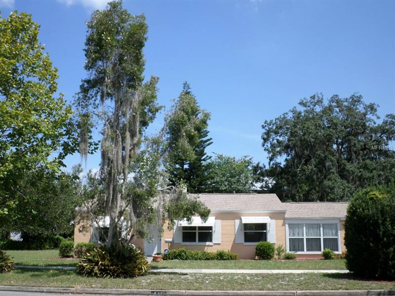 Property listing photo for 411 E KINGS WAY