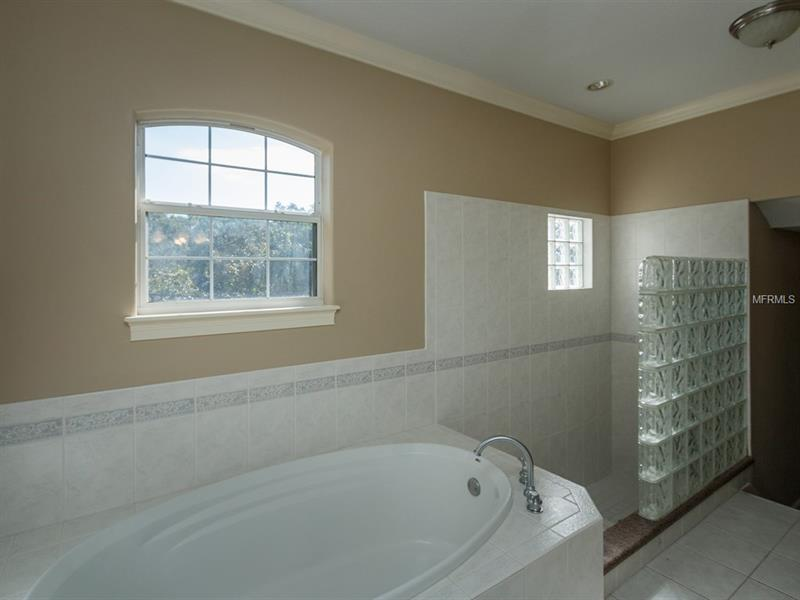 Property listing photo for 468 HOLT AVENUE