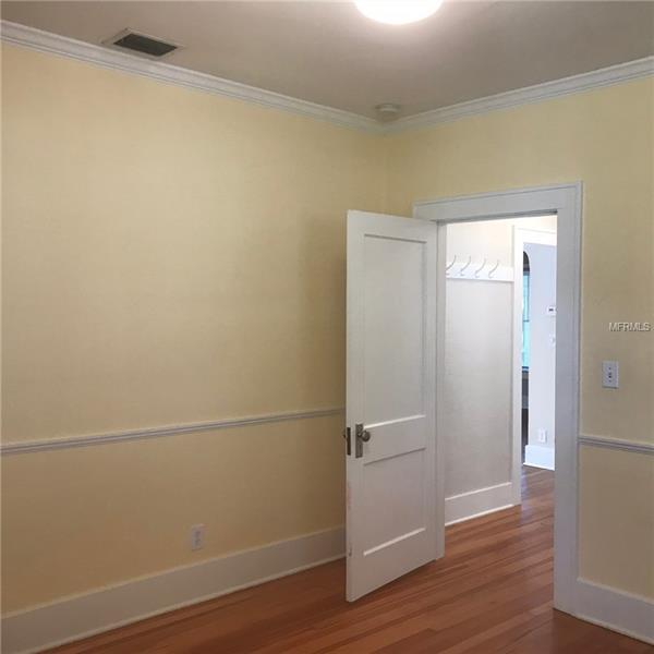 Property listing photo for 633 E HARWOOD STREET