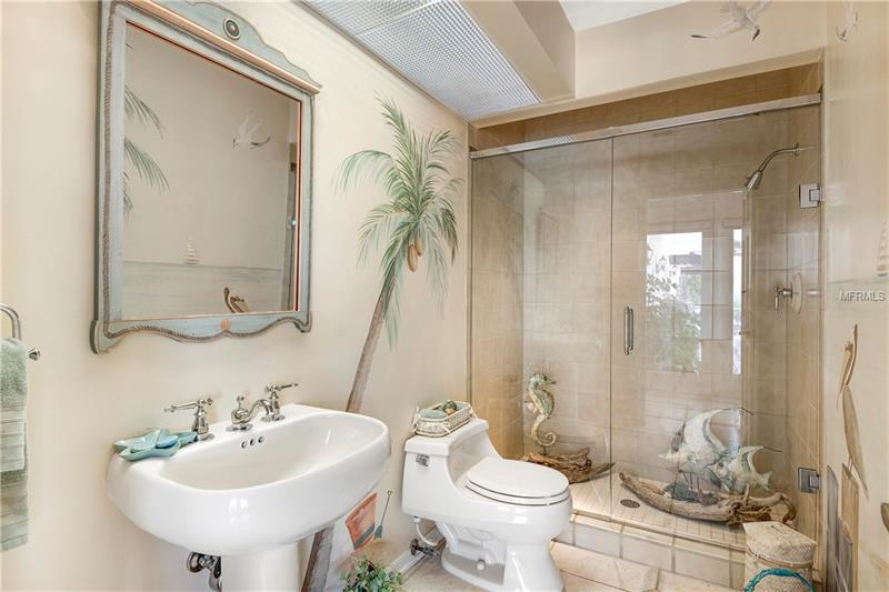 Property listing photo for 1425 S SUMMERLIN AVENUE