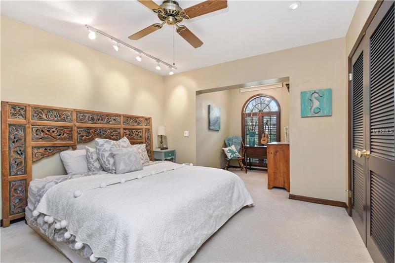 Property listing photo for 4162 SHORECREST DRIVE