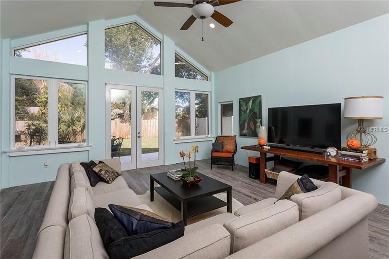 Property listing photo for 727 MAXWELL STREET