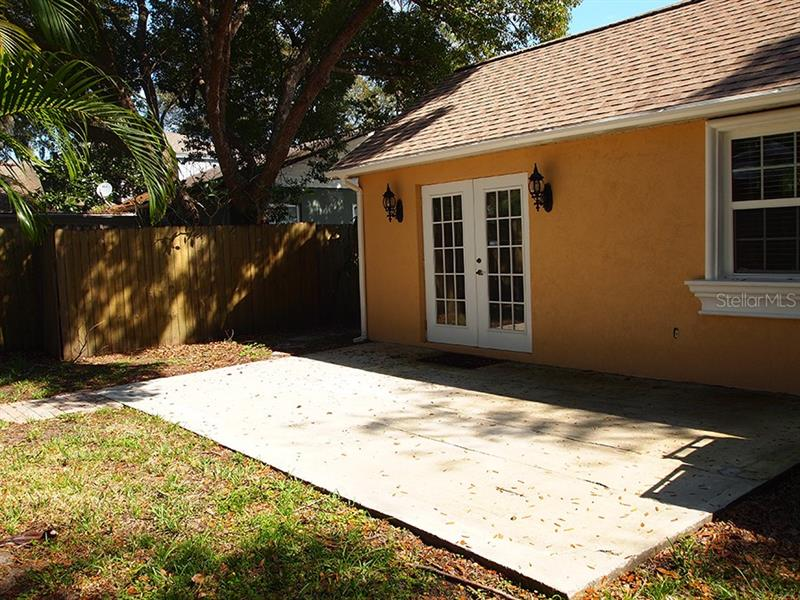 Property listing photo for 1112 POINSETTIA AVENUE
