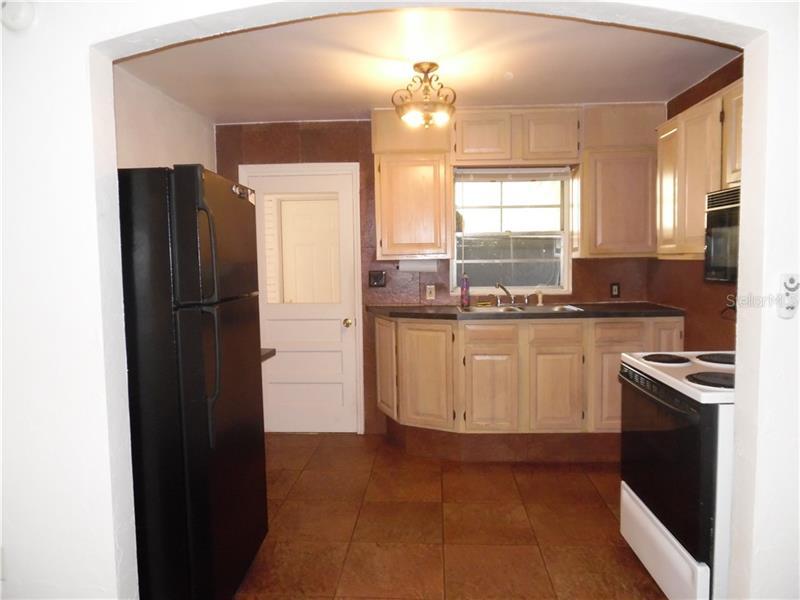 Property listing photo for 1039 N FERN CREEK AVENUE