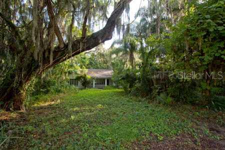 Property listing photo for 2309 LAKESIDE DRIVE