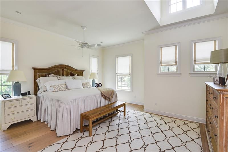 Property listing photo for 1647 MIZELL AVENUE