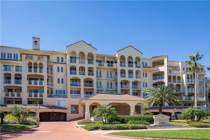 more about 1110 SW IVANHOE BOULEVARD #10