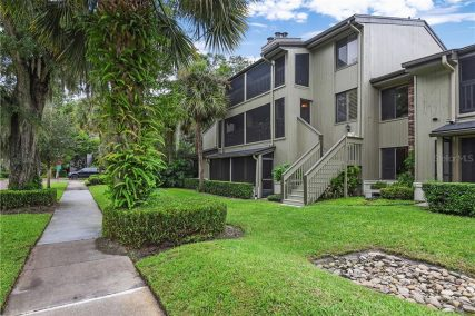 more about 550 S OSCEOLA AVENUE #32
