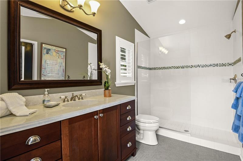 Property listing photo for 2225 VIA LUNA