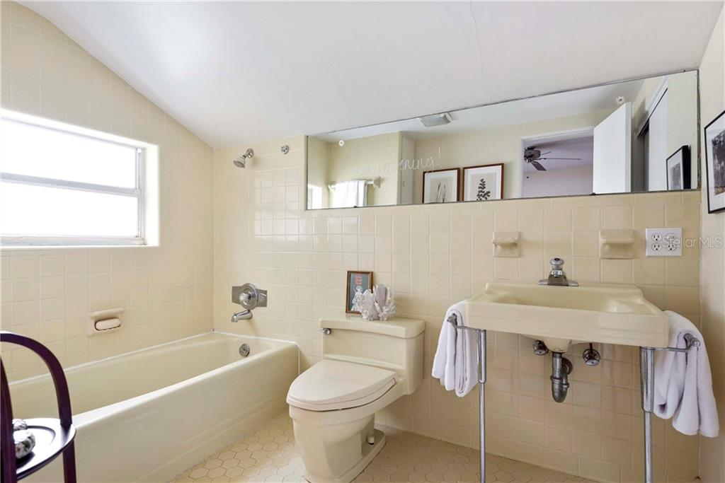 Property listing photo for 836 WILKINSON STREET
