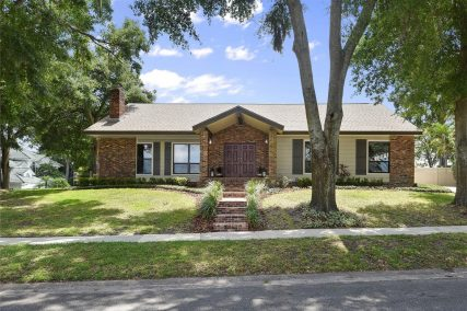 more about 628 MARINER WAY